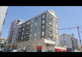 Apartamento T4 - Bons Acabamentos